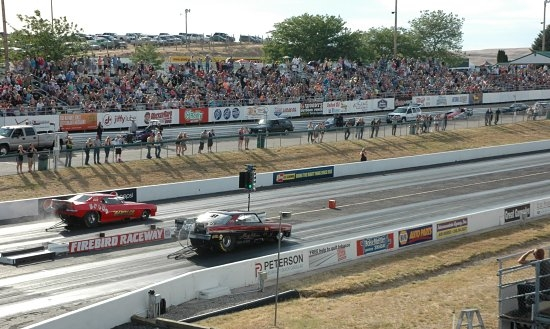 SATURDAY: MAGGIO OVERWHELMS PRO MOD FIELD, ELAINE SELLERS THRILLS BIG FOX HUNT CROWD WITH FUNNY CAR TTILE