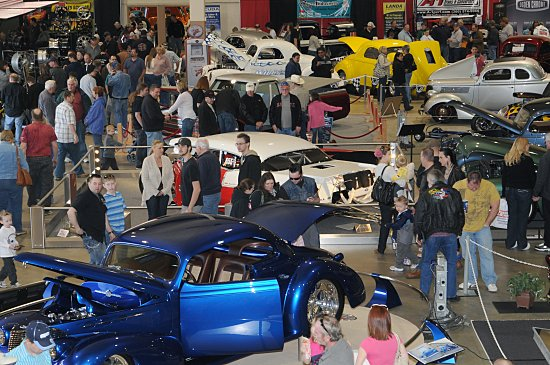 HALO CHEVY COUPE SWEEPS GOLDMARK TITLE AT ROADSTER SHOW